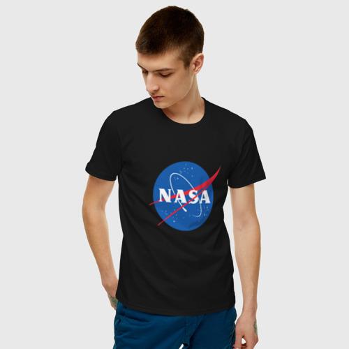 Мужская футболка с принтом NASA, фото на моделе #1