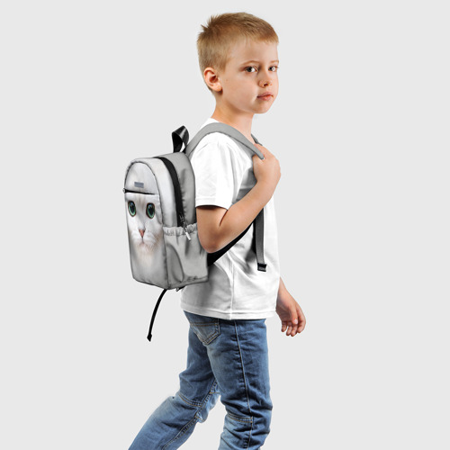 Детский рюкзак 3D с принтом Белый котик, вид сзади #1