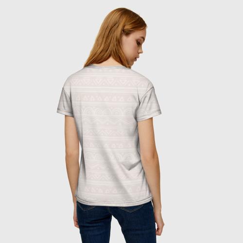 Женская 3D футболка с принтом Лиса в перьях, вид сзади #2