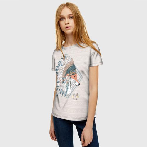 Женская 3D футболка с принтом Лиса в перьях, фото на моделе #1