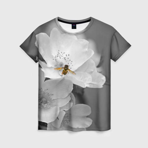 Женская 3D футболка Пчела на цветах