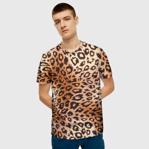 Мужская 3D футболка с принтом Леопардовая шкура, фото на моделе #1