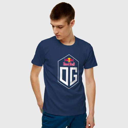 Мужская футболка с принтом OG, фото на моделе #1