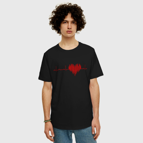 Футболка oversize с принтом Сердцебиение, фото на моделе #1