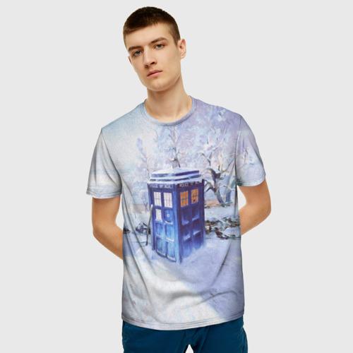 Мужская 3D футболка с принтом ТАРДИС В СНЕГУ, фото на моделе #1