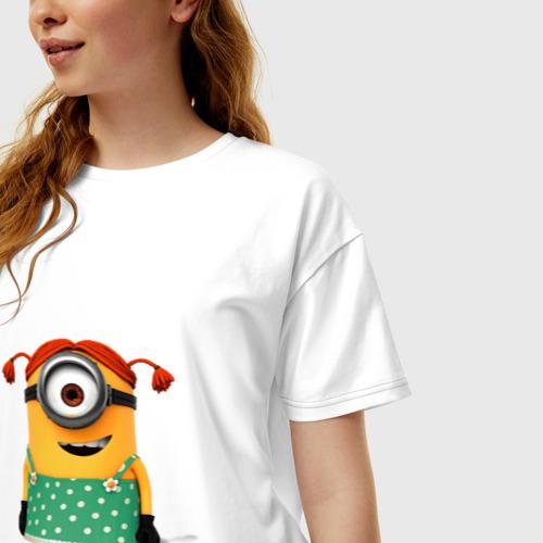 Женская футболка oversize с принтом Миньон, фото на моделе #1