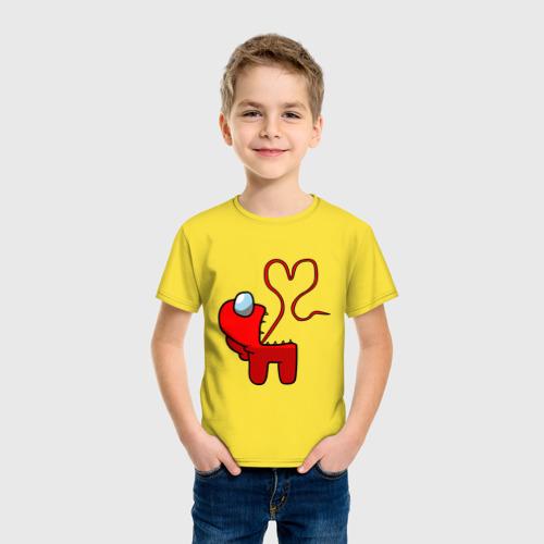 Детская футболка с принтом Among Us Red Imposter Love, фото на моделе #1